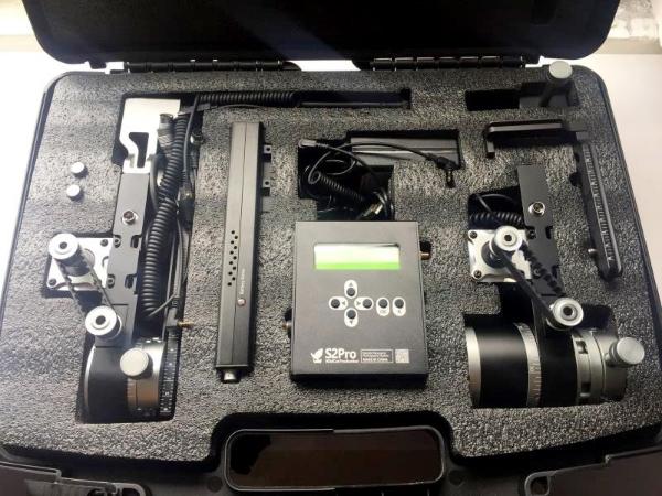 朗晟-VR全景拍摄设备-全景云台